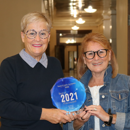 Lelia and Mari with Award