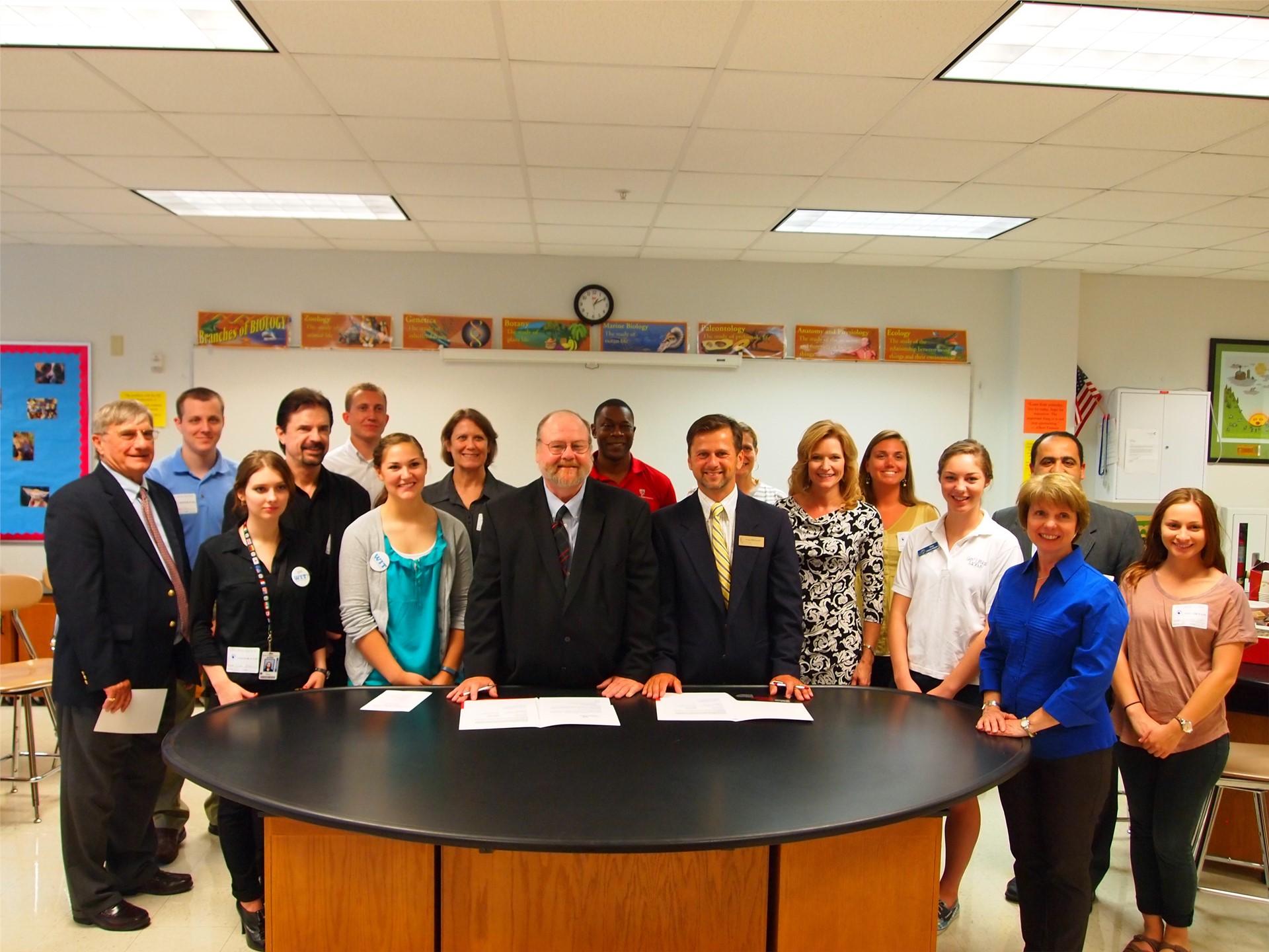 UC and SUA sign strategic partnership agreement