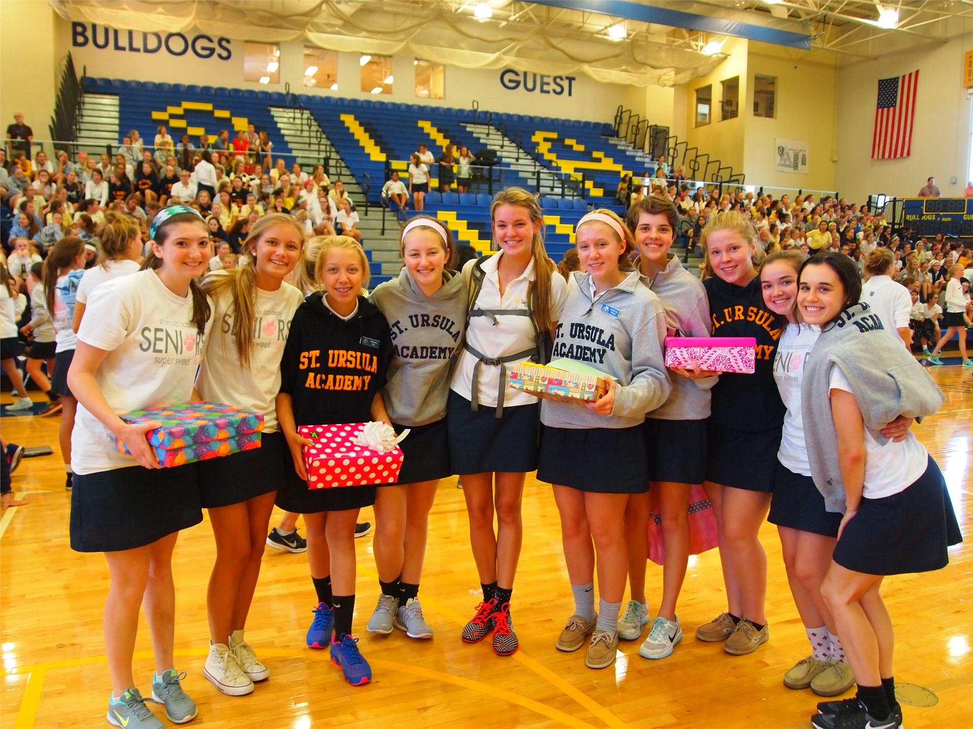 Welcome Week!  Seniors Welcome Freshman Li'l Sis' with Gift Boxes!