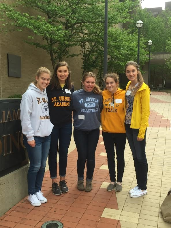 SUA science students visit the UC Research Works event