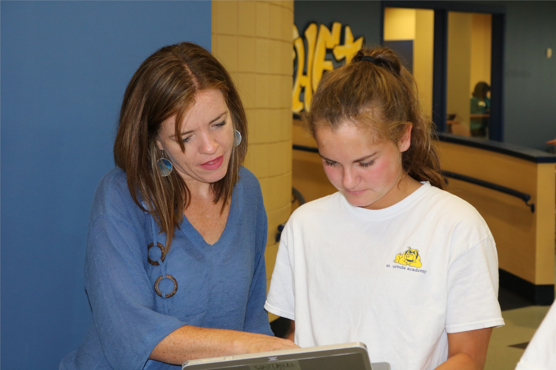 SUA Counselors helped seniors with college applications in a day long Application Marathon!