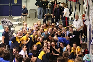SUA Swimmers and Divers are 2015 League Champions! Go BULLDOGS!